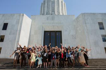 Women leaders at the Oregon capitol building